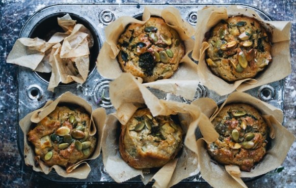 broccoli apple muffins