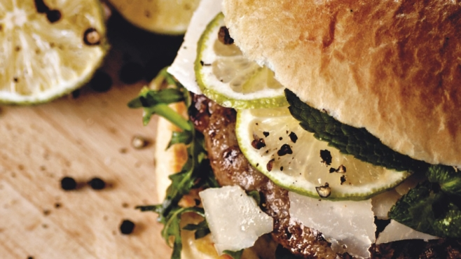 cheeseburger with yogurt mint sauce